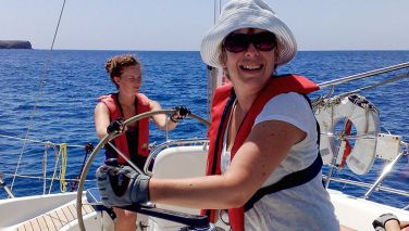 Women - come sailing...